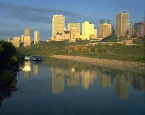 Edmonton_RiverValley1-L